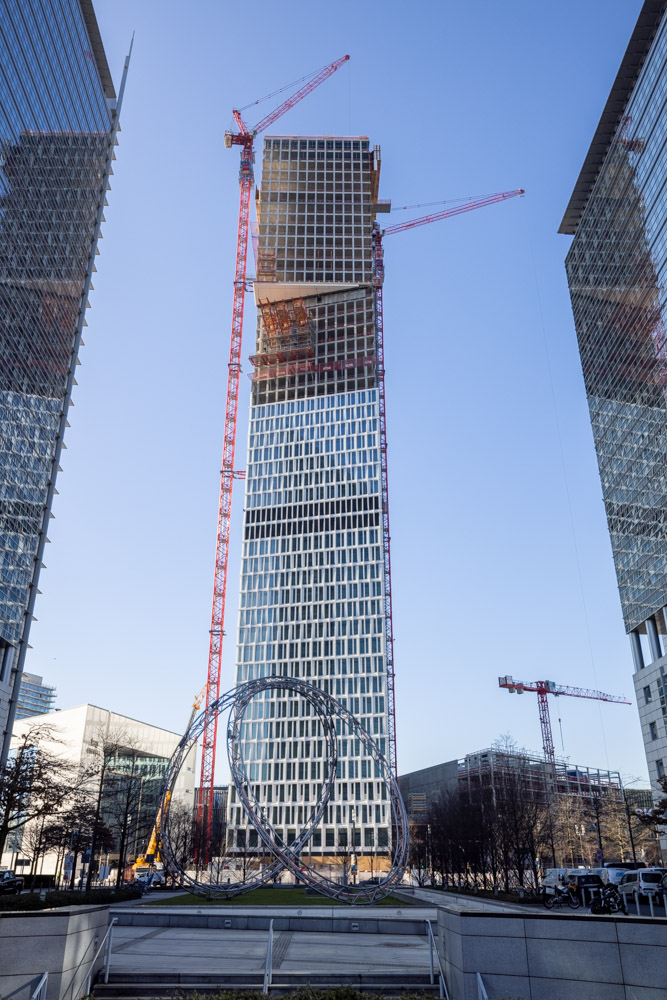 ONE GOOD HIGHRISE – The ONE shell is completed